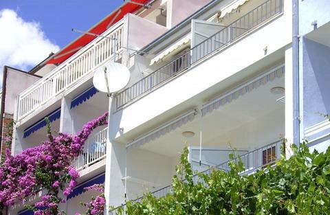 Iznajmljujem Stan-Apartman, Drvenik, Makarska Okolica