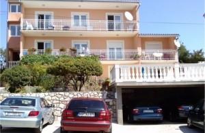 thumb_1327794_vi_vinodolski_apartments_croatia_private_accommodation_1.jpg