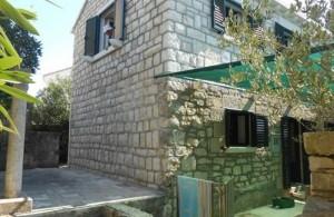 thumb_1346027_la_vrnik_appartamenti_korcula_alloggio_privato_croazia_3.jpg