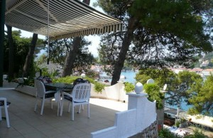 thumb_1348334_jelsa_apartments_hvar_private_accommodation_croatia_1.jpg