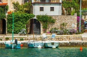 thumb_1373610__apartments_island_brac_holidays_croatia_accommodation_2.jpg