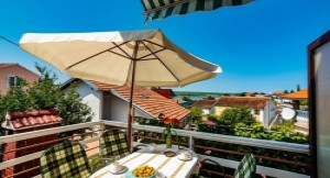 thumb_1437104_apartments.karin.2133.apartmenthaus_karin_zadar_kroatien.jpg