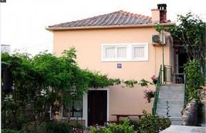 thumb_1590146_apartments_island_ugljan_private_accommodation_croatia_1.jpg