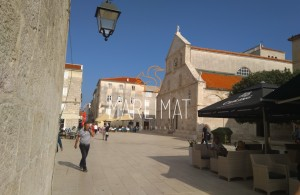 thumb_1721375_marlimat-nekretnine-novalja-pag-centra-kuca-1--1-.jpg