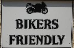 thumb_207846_bikers-frendly.jpg