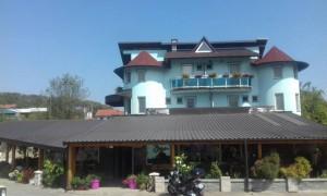 thumb_2226958_hotel.jpg