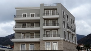 thumb_2246614_apartments-near-porto-montenegro-4.jpg