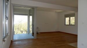 thumb_2267311_one-bedroom-penthouse-in-dobrota-4.jpg