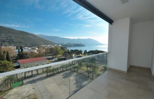 thumb_2275553_apartment-with-sea-view-for-sale-in-budva-2-1040x691.jpg