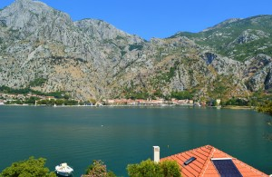 thumb_2364177_apartment-on-the-first-line-with-a-view-of-kotor-photo-1.jpg