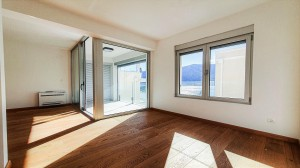 thumb_2442960_147-two-bedroom-apartment-with-sea-view-in-kotor-photo-3.jpg