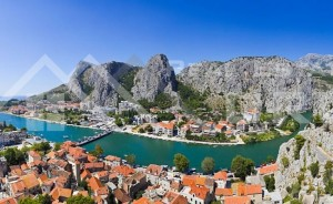 thumb_2454775_647_house_with_sea_view_in_omis_3.jpg