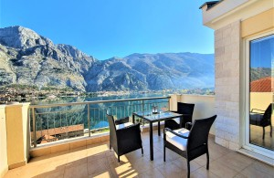 thumb_2457251_apartment-with-sea-view-in-kotor-photo-1.jpg