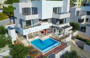 thumb_2467260_luxury-villa-with-infinity-pool-makarska--1-.jpg