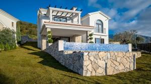 thumb_2533716_modern-sea-view-villa-tivat-6.jpg