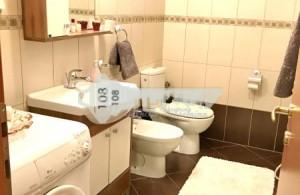 thumb_2564726_bathroom-1.jpg.jpg