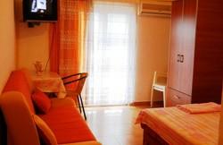 thumb_804846_apartmani_sobe_igalo-3a.jpg
